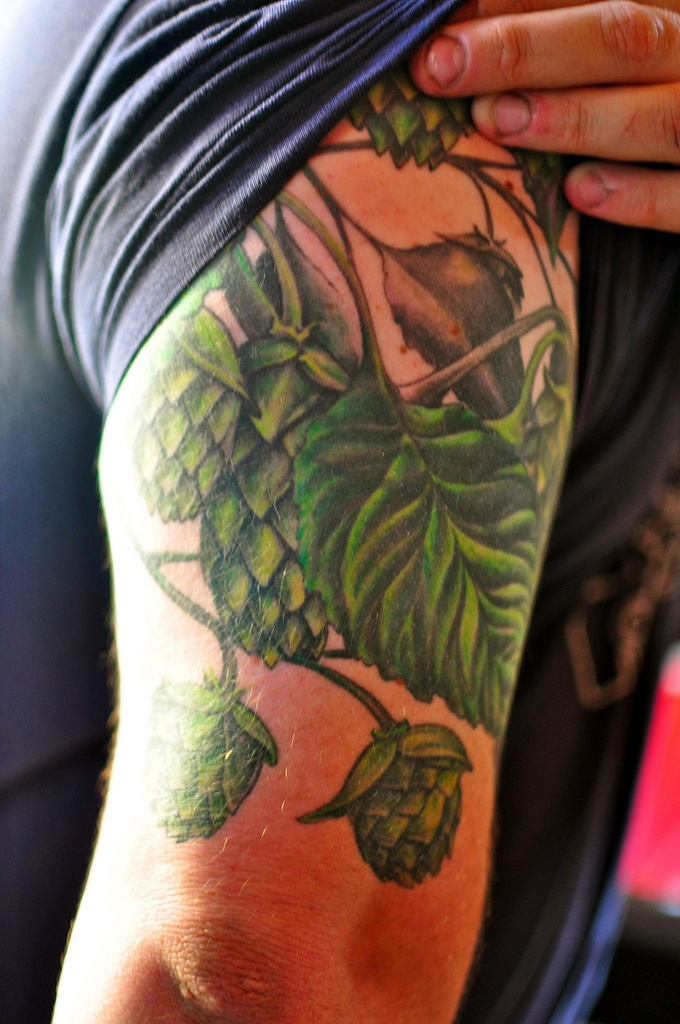 Hops tattoo taken in Fremont, Seattle.... What? Know where I'm going!