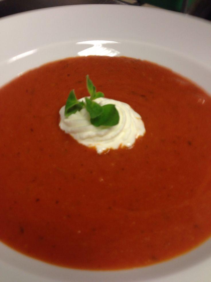 2.Semester EBA Tomatencremesuppe