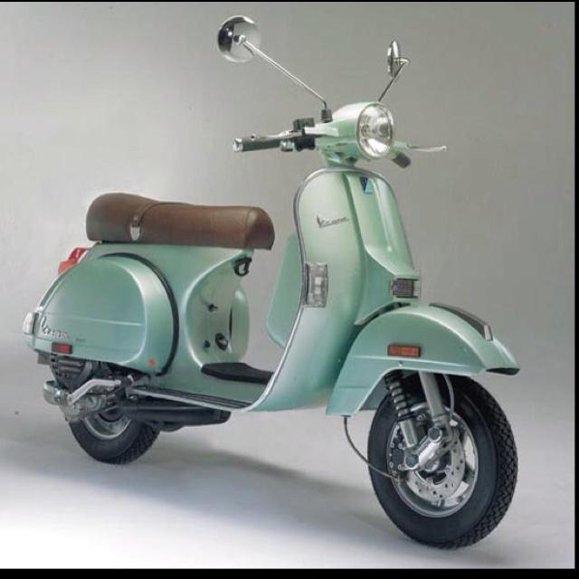 Mint Green Contemporary Vespa | Vespas | Pinterest  Mint Green Cont...