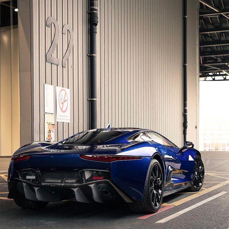 Merveilleux Blacklist Lifestyle Carsさん(@black_list)「CX75! | Photo By @alexpenfold
