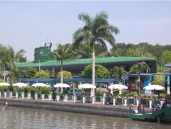 Monumen Kapal Selam - submarine monument, Surabaya