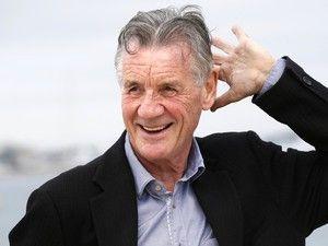 """Dos seis Monty Python, era visto como o """"simpático"""". De passagem por Viseu, falou ao Expresso sobre o seu passado de irreverência humorística, de viajante profissional por conta da BBC e, depois, da profissão de escritor, que agora o trouxe a Portugal, onde contou porque foi atraído pelo mistério de um navio desaparecido no Ártico http://expresso.sapo.pt/dossies/diario/2017-12-04-Michael-Palin-Ninguem-tinha-uma-reputacao-a-proteger.-Podiamos-fazer-tudo"""