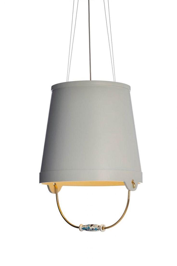 Bucket Lamp by Studio Job + tekstury
