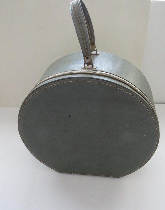 1960s Vintage Blue Gray Zipper Round Suitcase By Travins Zipper Closure Mirror Pocket Hat Box Wig Travel Ca Vintage Hat Boxes Vintage Luggage 1960s Vintage