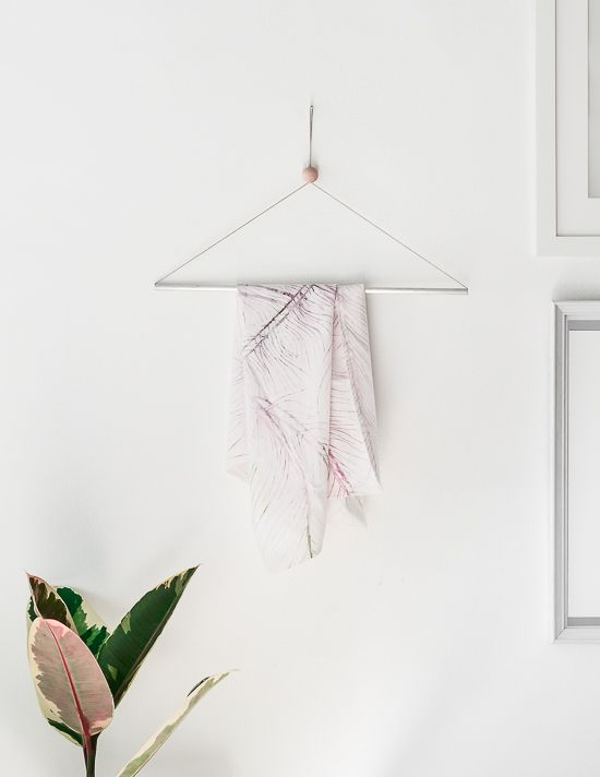 Passion Shake | DIY Design Inspired Hanger | http://passionshake.com