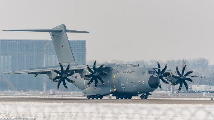 Royal Air Force Airbus A400M-180 ZM-414