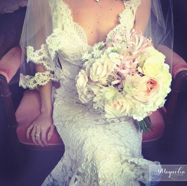 Magnolia studio Bride bouquet www.weddingsbymagnolia.com