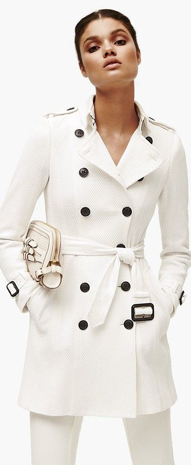 Burberry #fk #fashionkiosk #white
