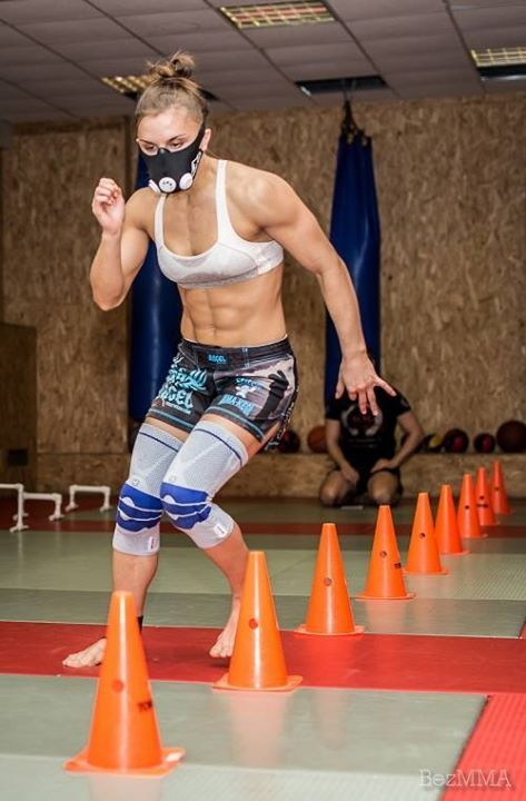 Russian stawweight fighter and bodybuilder Aleksandra Albu conditioning training : if you love #MMA, you will love the #MixedMartialArts and #UFC inspired designs at CageCult: http://cagecult.com/mma