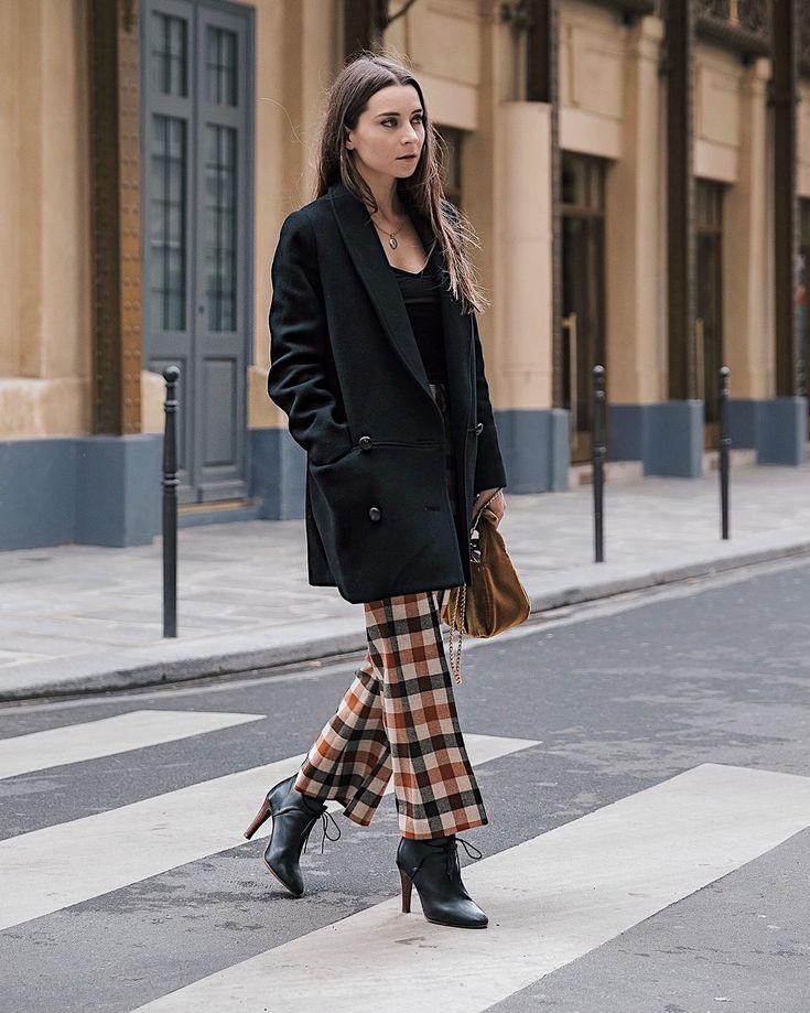 Theatre Edmond Alexis Michalik – Sezane – Best shopping addresses in Paris by a fashion blogger – where to shop in Paris _ Paris Le Marais and Haut Marais – Where to stay in Paris: Luxury Hotel Le Boutet
