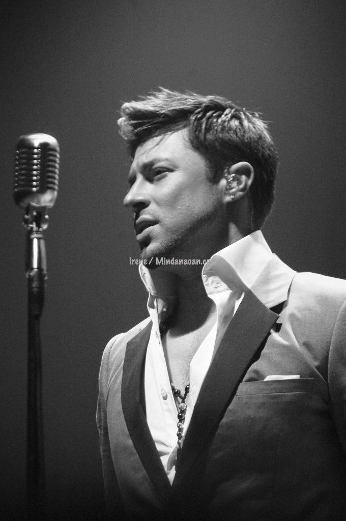 Photo I took of Duncan James @MrDuncanJames during their February 2012 Manila, Philippines concert. I was part of the production.