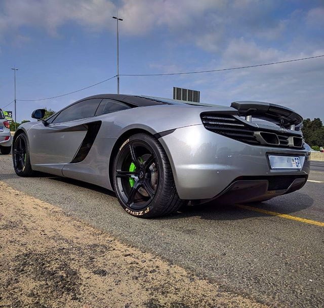 Love those green calipers    Nice shot for #McLarenMonday of this 12C by @lifeoftsh   #ExoticSpotSA #Zero2Turbo #SouthAfrica #McLaren #MP412C