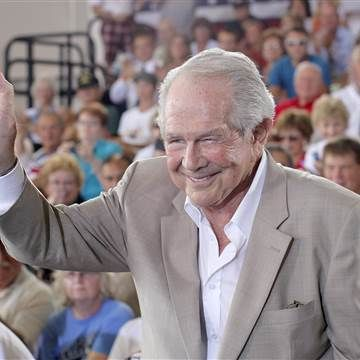 Televangelist Pat Robertson recovering after suffering a stroke