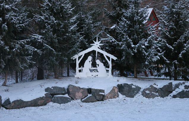 Outdoor Nativity Sets - MyNativity.com