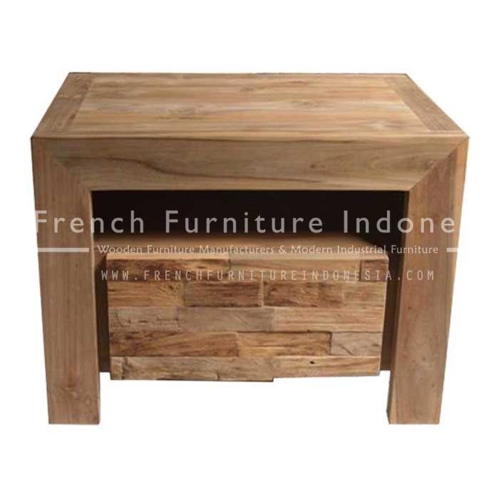 Order Manhattan Small Dresser From Teak Furniture Exporter. We are reproduction 100 % export Furniture manufacture with French furniture style, vintage furniture style, shabby chic style and high quality Finishing. This Dresser Mirror Table is made from teak wood with good quality and treatment process and the design has a strong contruction, suitable to your home. #WoodenFurniture #IndustrialFurniture #IndonesiaFurniture #CustomFurniture #ExporterFurniture
