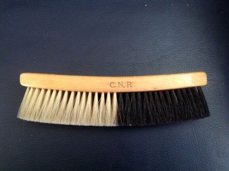 Antique WOODEN RAILROAD CLOTHES BRUSH Advertising CNR Pullman Canadian National