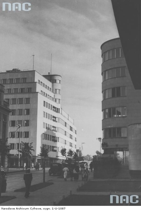 Modern architecture in new Polish city, Gdynia, 1938.