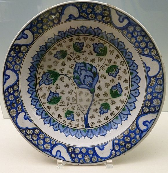 Turk potery with Ming Influence, Iznik, second Half of the 16th Century, Ottoman Period