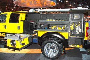Ford Pickup Trucks: 2011 Ford Super Duty DeWALT Contractor Concept Truck - Side