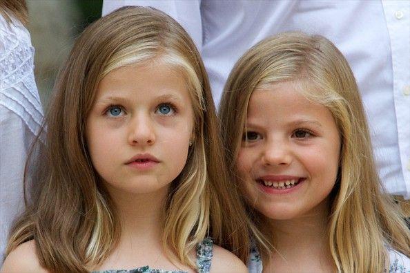 "Princess Leonor Photos - Princess Leonor of Spain (L) and Princess Sofia of Spain (R) visit ""La Granja"" (Big Historical Mansion) on August 5, 2013 in Esporles, Palma de Mallorca, Spain. - Spanish Royals Visit La Granja in Mallorca"