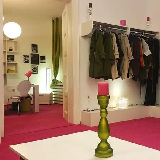 Te aşteptăm la showroom pentru noua colecție de primăvară~vară! #Joinus to #conceptuelle #showroom if you wana catch the #newcollection for #springsummer2016!  #conceptuellero #siconceptuelle #ioanaschiopu #designer #fashion #lovefashion #livefashion #photooftheday #photogrid #yolo #newstyle #businessfashion #streetstyle #elegance #newcocochanel #newhopes #newinspiration #ig_romania #clujlifestyle #fashionisyou