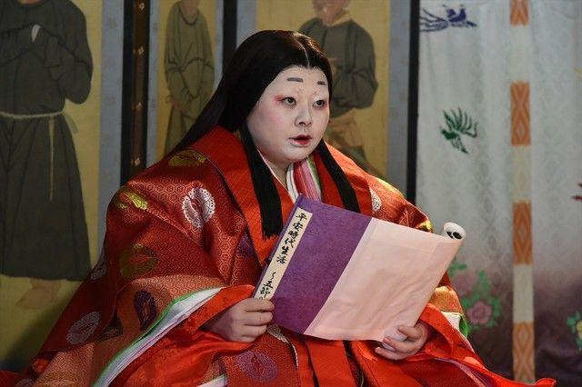 Naomi Watanabe (c) TV Asahi. She is dressed in junihitoe