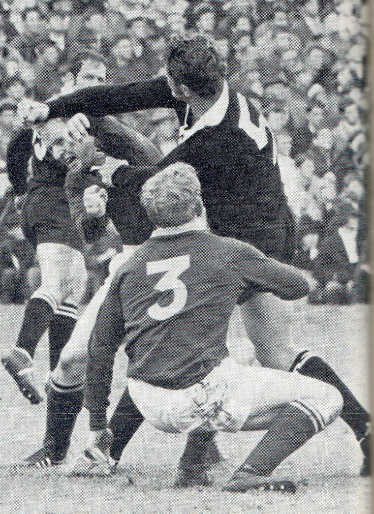 1970 - test 2 - Boks 08 / Blacks 09 Piston van Wyk on the receiving end of a Alan Sutherland punch with Hannes Marais already on the way down.