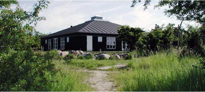 Kalvebod Naturskole  http://www.groen.kk.dk/alt-om-os/aktivitetssteder/naturcenter-amager