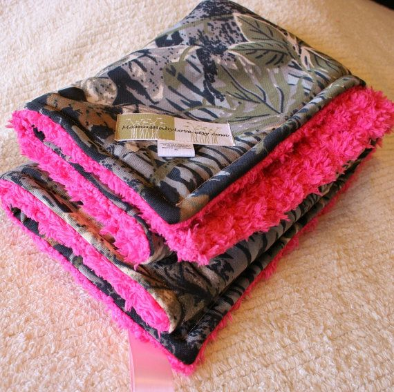 Realtree Camo Blanket and Hot Pink Cuddle Fleece by MamasBabyLove, $29.99