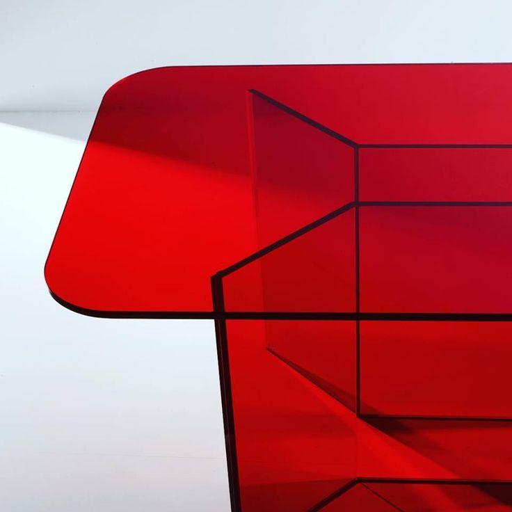 Red Table #glass #luxury #interiors #design #vetro #madeinitaly #handmade