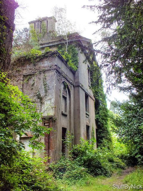 Baron Hill Mansion The now derelict and awesomely overgrown Baron Hill Mansion. Taken on: August 14, 2014
