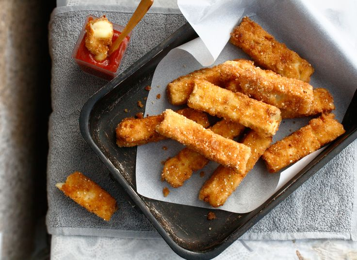 Mac and cheese sticks