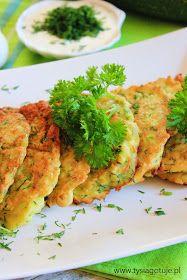 Tysia Gotuje blog kulinarny: Placuszki z cukinii Ewy Wachowicz