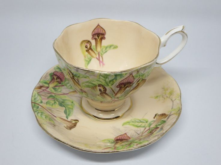 Royal Albert Tea Cup and Saucer, Collectible teacup, Garden, Jack-in-a-Pulpit Cup, Tea coffee service, Drinkware, England Teacup,Gift ideas by LesCurieux on Etsy https://www.etsy.com/ca/listing/491481124/royal-albert-tea-cup-and-saucer