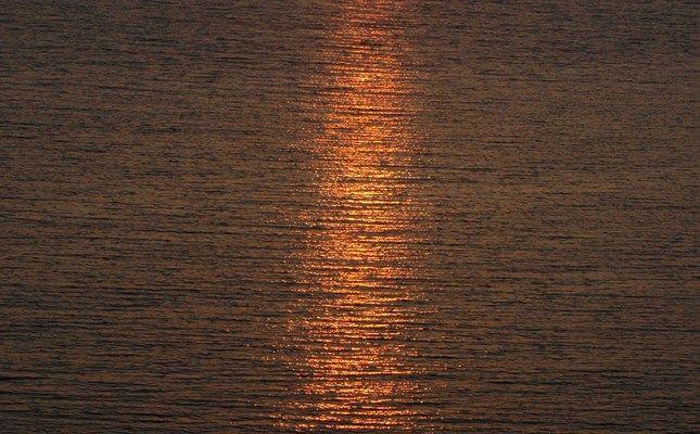 Το ηλιοβασίλεμα στο Μόλυβο #Greece #travel http://diakopes.in.gr/trip-ideas/article/?aid=209653
