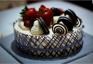paris baguette cake //