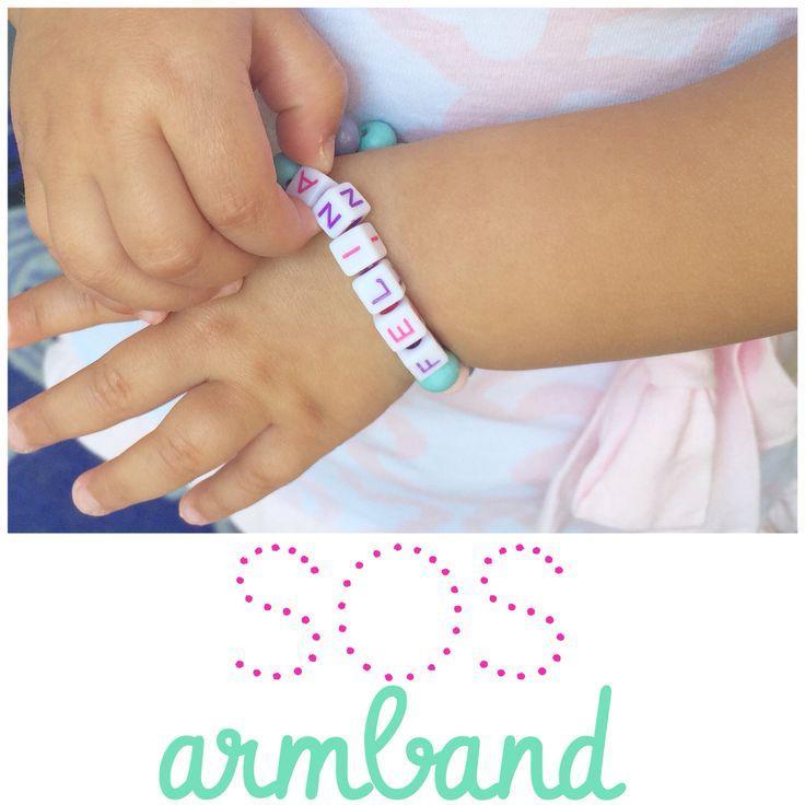 Dreams2Give SOS #kinderarmbandjes. Leuk en handig voor bijvoorbeeld op vakantie of dagje pretpark. #naamarmband vanaf €5,- #sosarmband vanaf €6,- #armcandy #SOS #sosbracelet #vakantie #holiday #kids #armband  #love #handmade #handgemaakt #sosbracelet