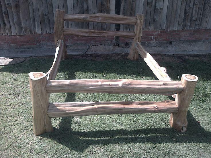 Cama en madera de teca rustica recamaras pinterest for Cama rustica de madera