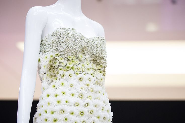 Created by Dushan Flowers for the Wedding Bells Magazine Mannequin.