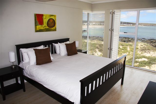 Oystercatcher Apartments - Conveniently situated within walking distance of the Oystercatcher Lodge, are new luxury self-catering apartments also owned and operated by Luc and Sue.   The breakdown of the self-catering apartments ... #weekendgetaways #shelleypoint #southafrica