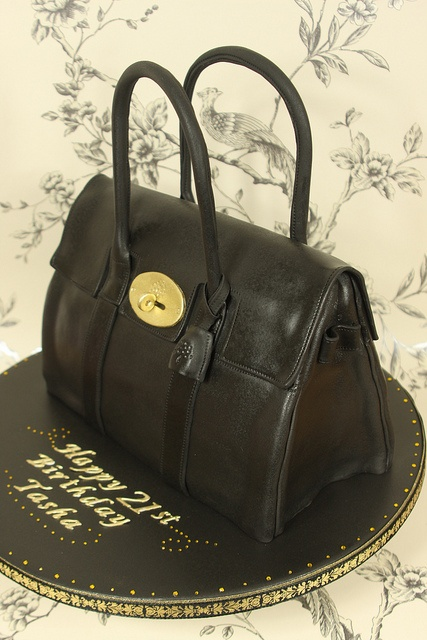 Black Mulberry Bayswater Handbag Cake by Kingfisher Cakes, via Flickr
