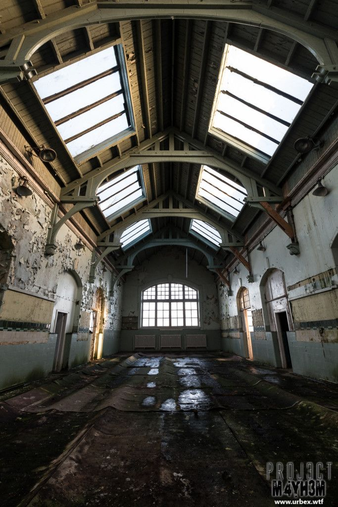 The abandoned Sir John-Maxwell School in Glasgow, Scotland is also known by urbexers as The Skylight School.