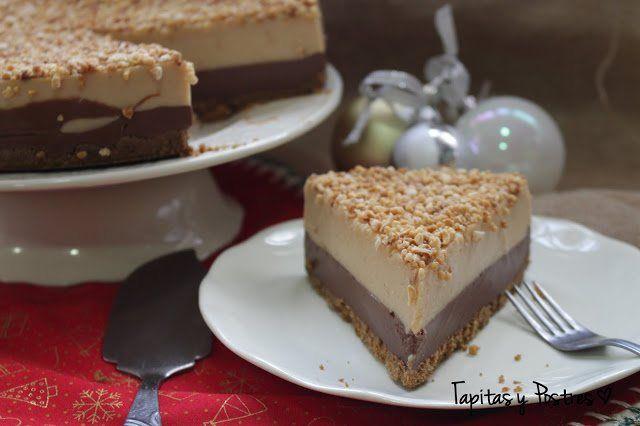 Tarta de turrón y chocolate, con base de galleta, crema de chocolate y turrón de jijona.