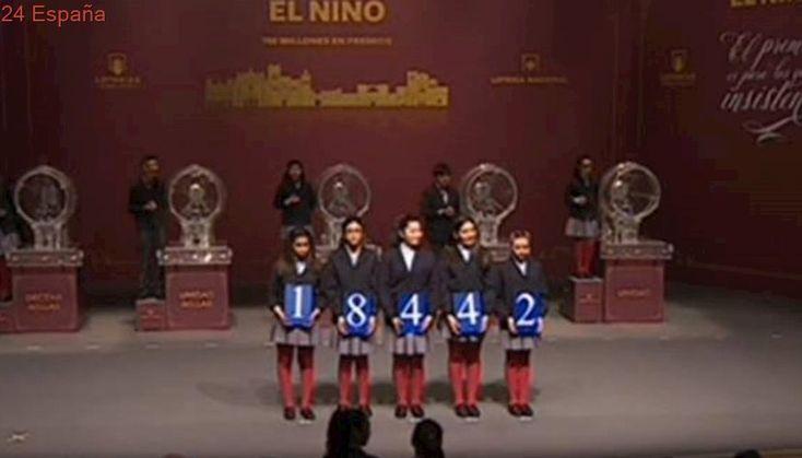 Un estanco de Benijófar reparte dos décimos del 18.842, segundo premio de la Lotería del Niño