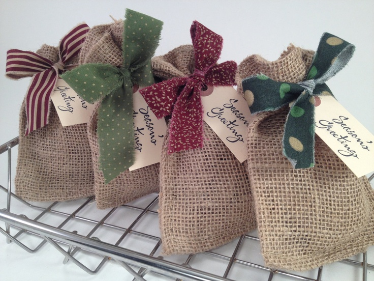 Christmas Gift Wrapping Set - Burlap Bags, Torn Fabric Ribbon and Gift Tags from Supply House 27