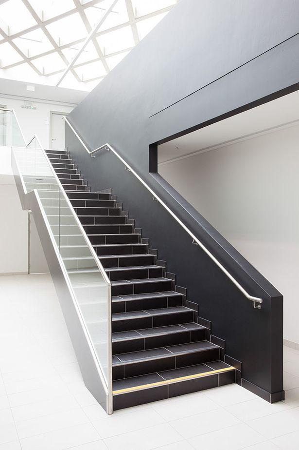 Ambulance Station Simmering   Soehne & Partner architects   Photo: Markus Kaiser   Archinect