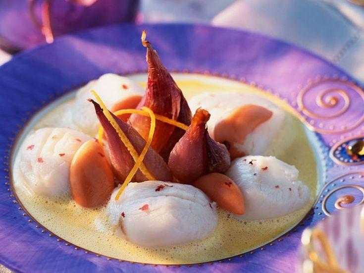 Découvrez la recette Saint-Jacques en sabayon sur cuisineactuelle.fr.