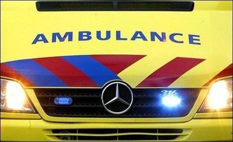 Auto op zijn kop in de Brakesloot, 1 persoon naar het ziekenhuis