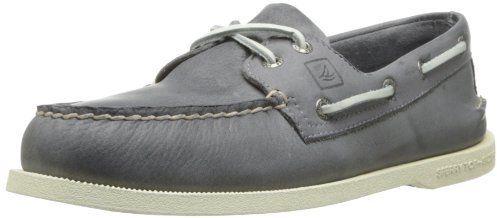 €67, Chaussures bateau en cuir grises foncées Sperry. De Amazon.com. Cliquez ici pour plus d'informations: https://lookastic.com/men/shop_items/66544/redirect