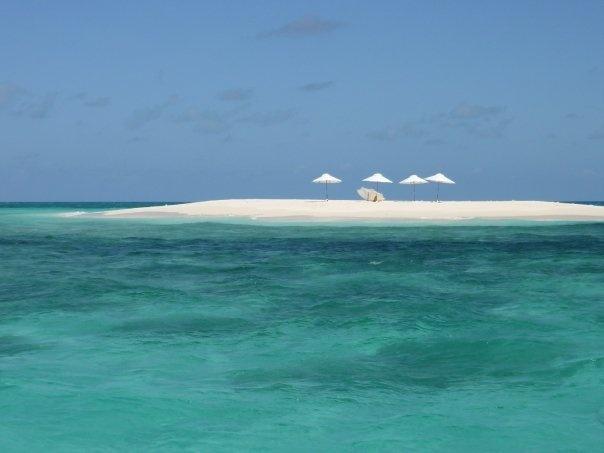 Vlassoff Cay.... aaahhhh it just screams serenity! :-)